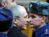 Ходорковски е свободен да се върне в Русия, твърди Кремъл
