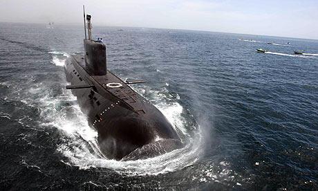 Русия създава невидим подводен флот