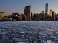 """Капризи на времето: Защо руският сняг """"емигрира"""" в САЩ"""