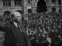 Русия изнася Ленин от мавзолея