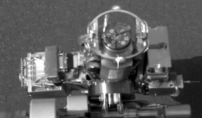 """Марсиански """"блуждаещ камък"""" поставил учените в задънена улица"""