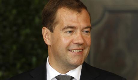 Руският премиер смята, че човек винаги трябва да се усмихва