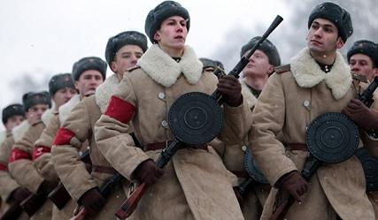 Студът не попречи на генералната репетиция на парада в Санкт Петербург