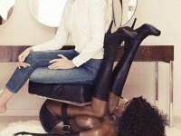 Гаджето на Абрамович даде интервю, седнала върху стол от негърка