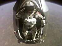 Публикувано е ново видео на скока от стратосферата