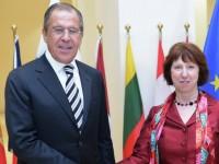 Лавров и Аштън обсъдиха ситуацията в Украйна
