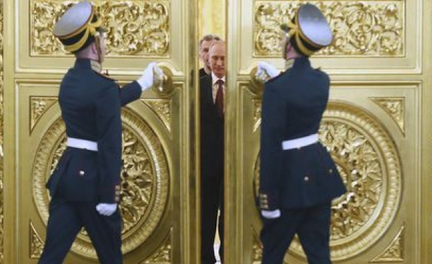Като какъв ще влезе 18 март в руските учебници по история