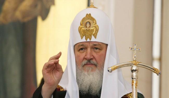 Патриарх Кирил обеща да не допусне кръвопролития в Украйна