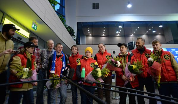 Полярниците се завърнаха в Москва