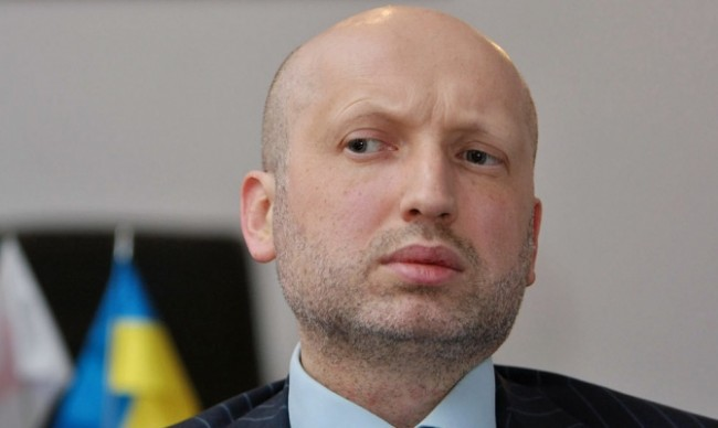 Турчинов ще възобнови  специалната операция в Източна Украйна