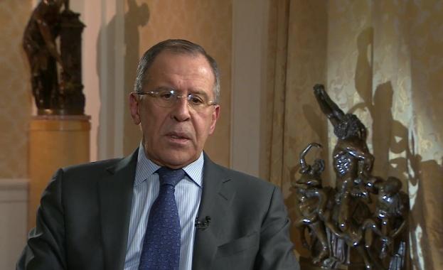 Лавров: Няма никакво увеличаване на руски войски в Крим