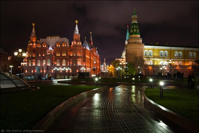 На фасадите на московските сгради ще се появят репродукции на шедьоври на руската живопис
