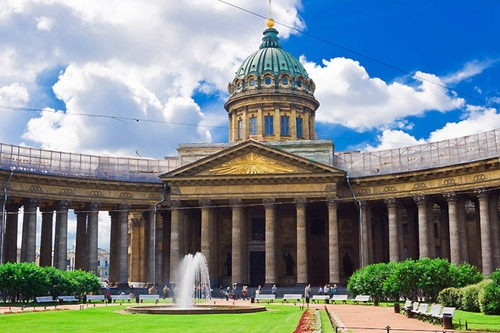 Казанската катедрала в Санкт Петербург