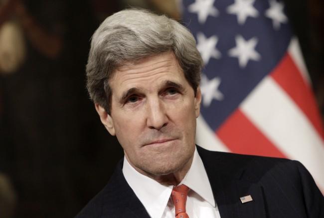 """Държавният департамент на САЩ отрече Кери да е съобщавал за подслушване на разговорите на """"руски агенти"""" в Източна Украйна"""