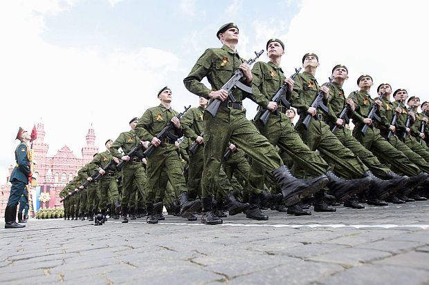 Имигрантите и техните деца ще получават руско гражданство за служба в армията