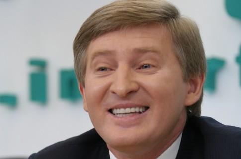 Олигархът Ахметов избяга от Донбас