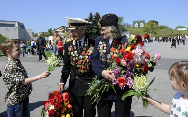 В Русия забраняват разпространяване на антипатриотична информация сред деца