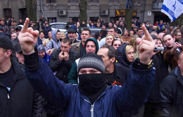 Унгария иска автономия за етническите унгарци в Украйна