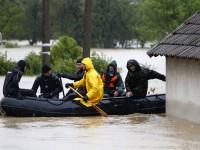 Руски спасители спасиха почти 400 души в Сърбия