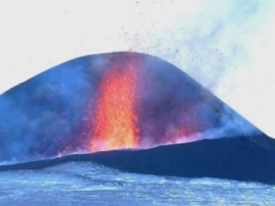 Вулканът Шивелуч се активизира