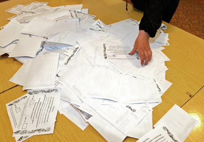 Източна Украйна отчете рекордна избирателна активност на референдума