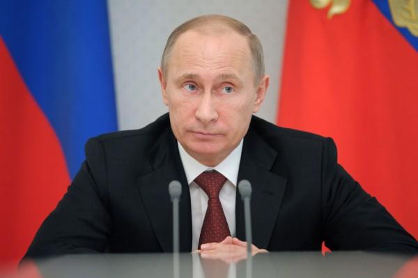 Путин: Москва е готова за диалог с новото ръководство на Украйна