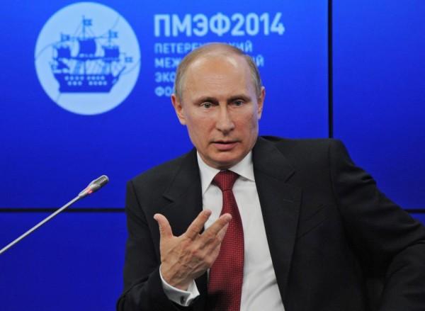 Путин: Русия е обезпокоена от заплахите на украински радикали да попречат на транзита на газ