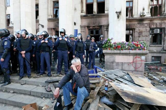 Западът премълчава трагическите събития в Украйна