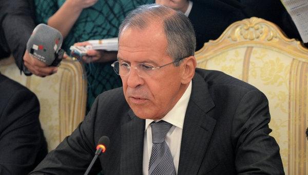 Диалогът на властите в Киев с регионите на Украйна трябва да се проведе под егидата на ОССЕ, заяви Сергей Лавров