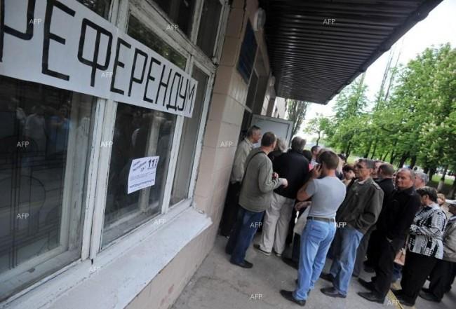 В референдума в Донецката и Луганската област са участвали близо 2,5 милиона души