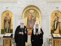 Патриарх Неофит е извършил молебен в крестовия храм на резиденцията на   Патриарх Кирил