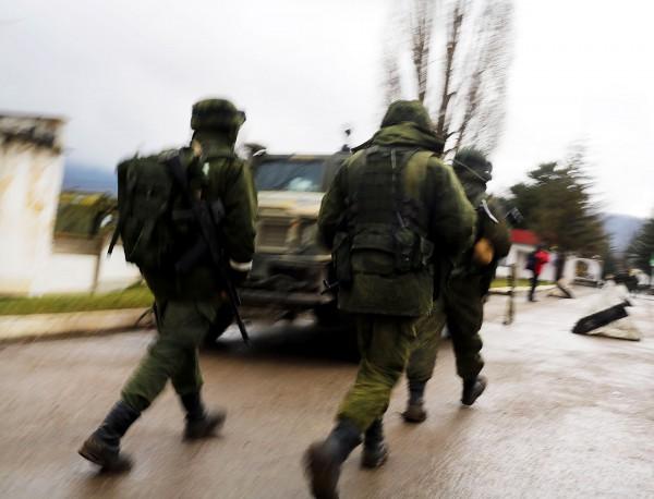 В Донецк се чуват изстрели от автоматично оръжие