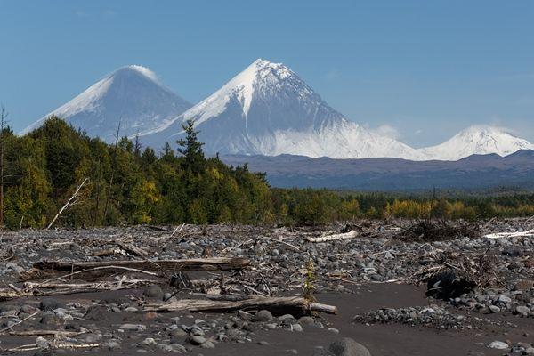 Две земетресения край Камчатка