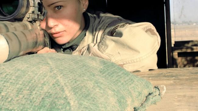 Пленени са три жени-снайперистки край Луганск