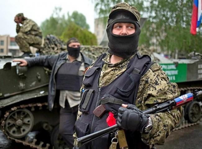 Опълченците на Донбас се сдобили с над 200 танка