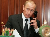 Путин обсъди ситуацията в Украйна с Меркел и Оланд
