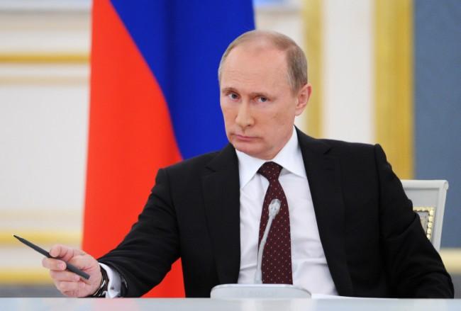 Путин призова за диалог между страните в конфликта в Украйна