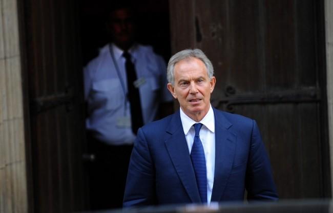 Британски политици призоваха Тони Блеър да се оттегли от поста на специален пратеник в Близкия Изток