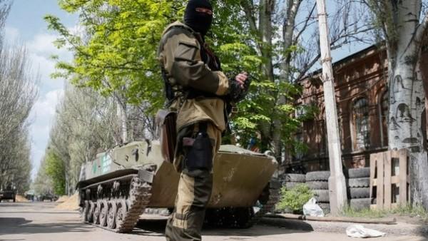 Опълченци разгромиха колона от украинска военна техника край Луганск