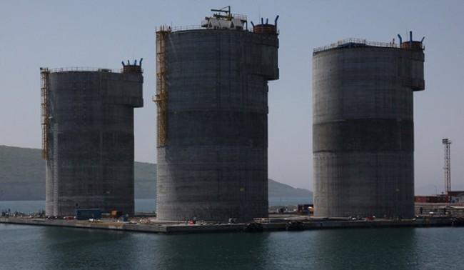 Путин откри голяма платформа за добив на нефт и газ
