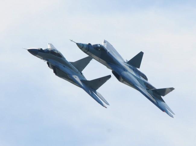 """""""Сухой"""": Самолетите от шесто поколение в Русия вероятно ще бъдат безпилотни машини"""