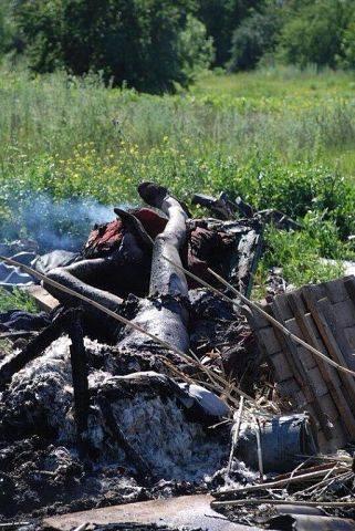 Донбас потъна в кръв (СНИМКИ  ВИДЕО 18+)