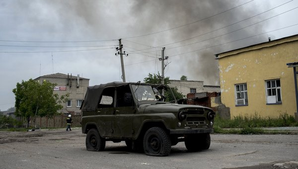 Украински военни бомбардират Донецк
