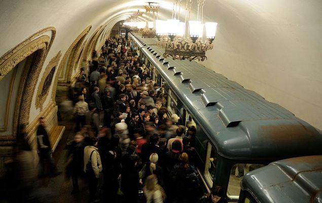 Тежка катастрофа в московското метро, има загинали