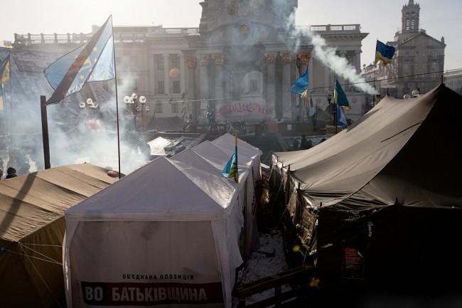 На Майдана престрелка, има загинали