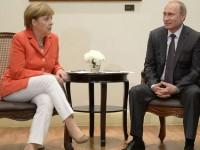 Путин и Меркел единодушни: ситуацията в Украйна деградира