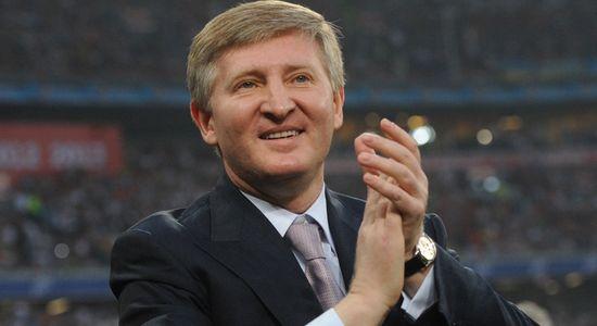 Олигарха Ахметов пререгистрира бизнеса си в Крим