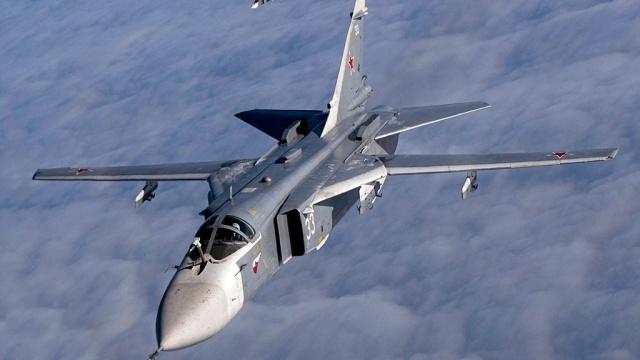 Руски бомбардировачи успешно отработиха условен удар в Черно море