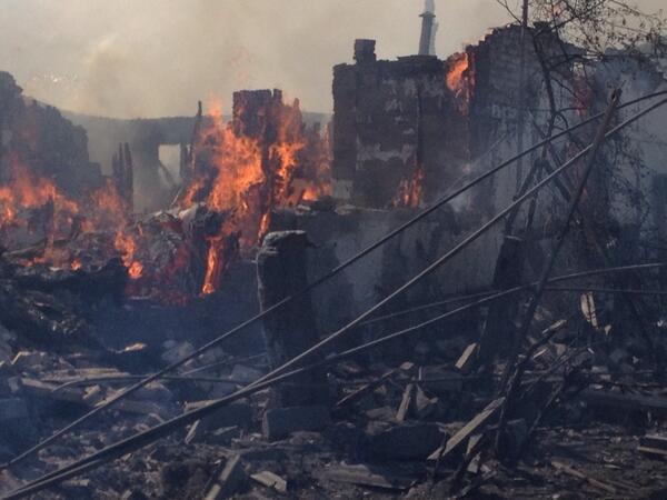 Украинската авиация бомбардира мирно население