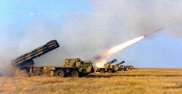Центъра на Луганск е под минометен обстрел